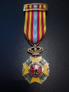 Cruz de Caballero/Dama de San Cristóbal con Distintivo Amarillo